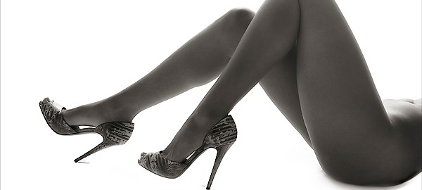 boudoir photography of a female's legs